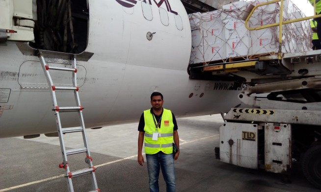 vipinsagar-next-to-unicef-flight-loading-vaccine-to-yemen